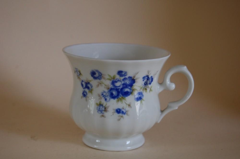 kaffeetasse bone china blaue rose seltmann weiden porzellan nach herstellern seltmann weiden. Black Bedroom Furniture Sets. Home Design Ideas